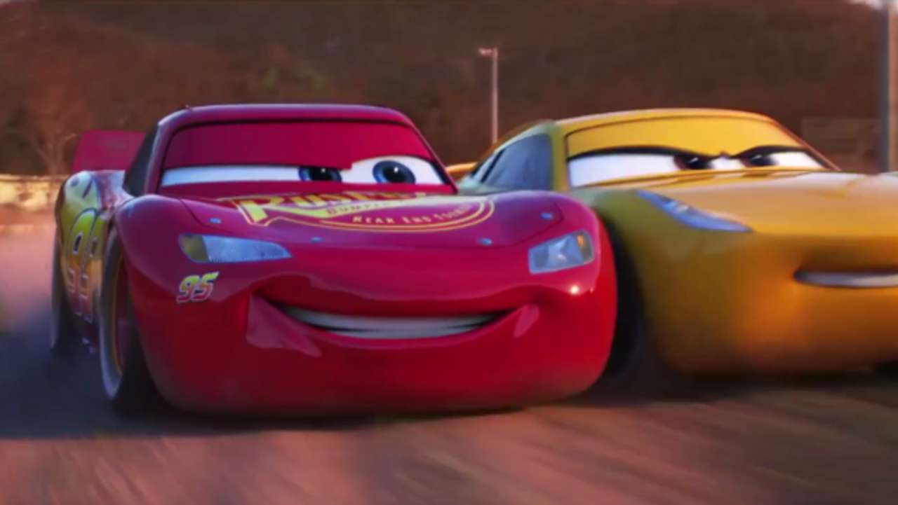 New Cars 3 Trailer Takes Lightning McQueen Back To Where It All Began