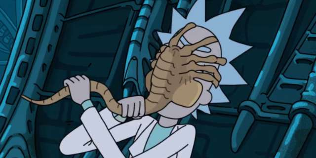 rick-morty-alien-facehugger