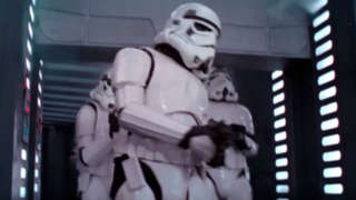 Stormtrooper-hits-head-in-Star-Wars-A-New-Hope
