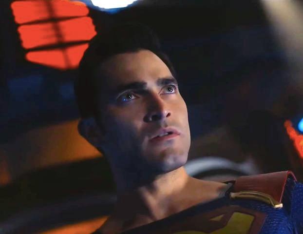 Supergirl-Superman-brainwashed