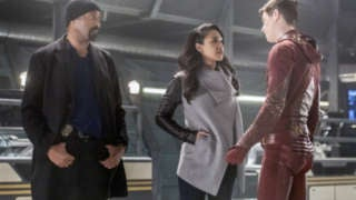 the-flash-03x22-infantino-street-a_0288b