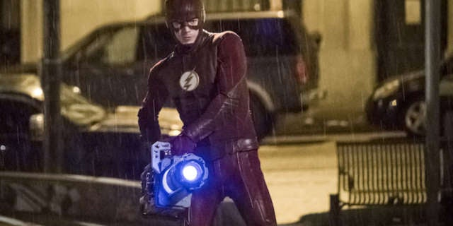 the-flash-03x22-infantino-street-c_0101b
