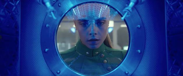 New Valerian and the City of a Thousand Planets Image Released