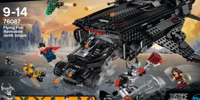 exclusive lego justice league movie set reveal