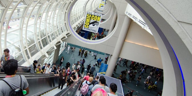 SDCC-escalator