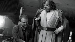 star wars mark hamill clarifies disagreement with director rian johnson