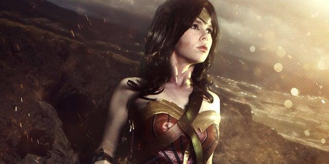 Wonder-Woman-Justice-League-Florencia-Sofen-Fali-Ruiz-Davilla-Header