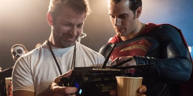 zack-snyder-and-henry-cavill-still-want-to-do-superman-s-next-solo-movie