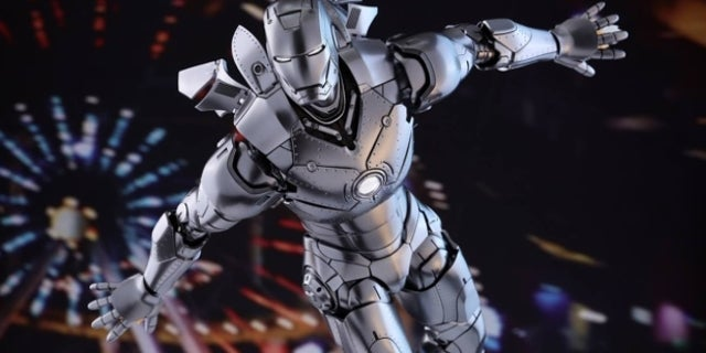 hot-toys-iron-man-mk2