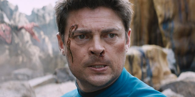 karl urban star trek bones