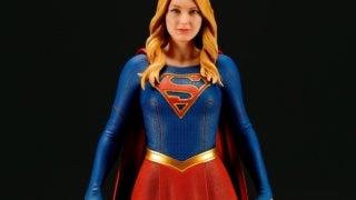 koto-supergirl-statue