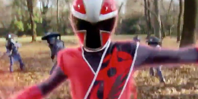 Power-Rangers-Ninja-Steel-Intro