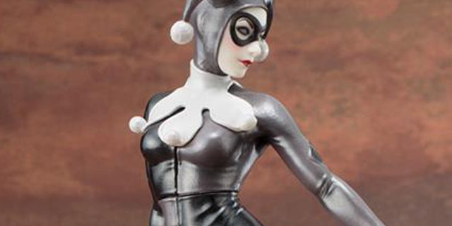 SDCC-Exclusive-Harley-Quinn-A-Night-in-Gotham-ARTFX+-Statue-Header