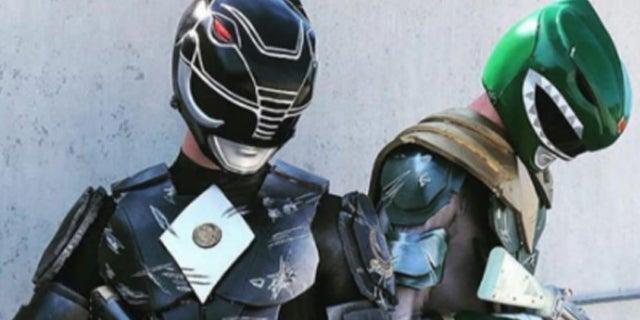 Power-Rangers-Black-Ranger-Cosplay