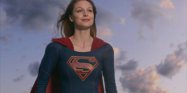 supergirl season 3 kara identity
