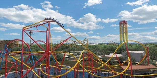 Wonder Woman roller coaster 1