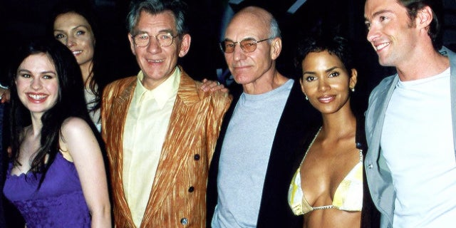 x men 2000 red carpet photo