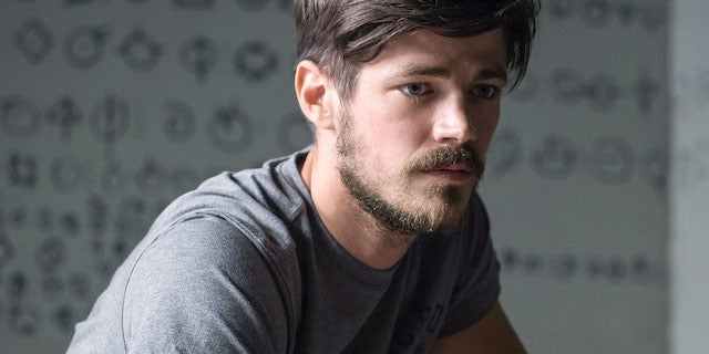 barry-allen-the-flash-beard