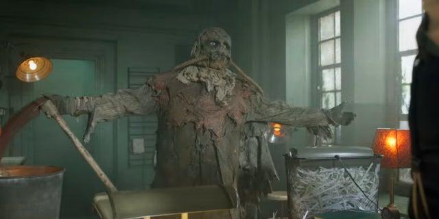 gotham scarecrow clip