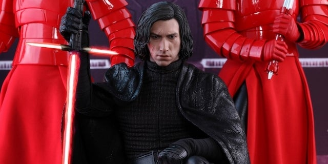 hot-toys-kylo-ren-the-last-jedi