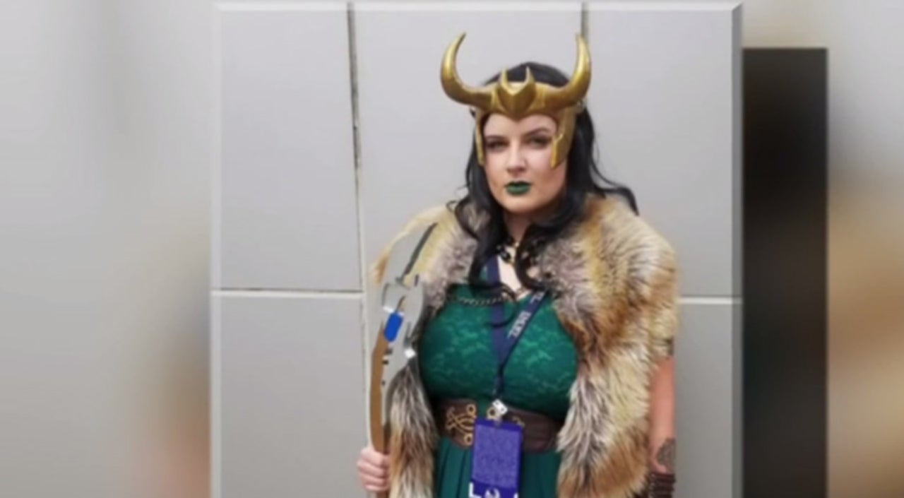 One womans loki cosplay saved her life at dragon con 2017 solutioingenieria Gallery