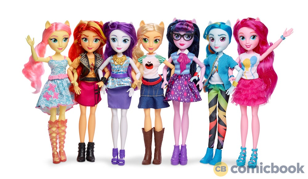 Equestria Girl Fashion Book