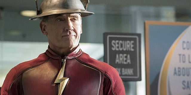 the flash john wesley shipp earth 3 team up