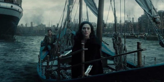 wonder woman alternative boat scene
