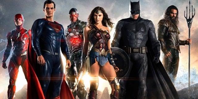 wonder-woman-patty-jenkins-dc-universe-justice-league