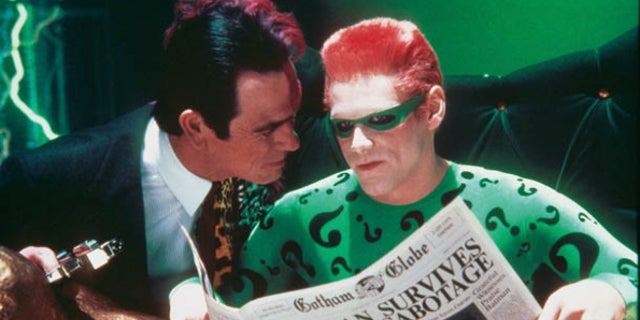 Batman Forever Tommy Lee Jones vs Jim Carrey