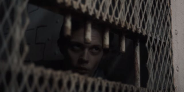 castle rock bill skarsgard hulu