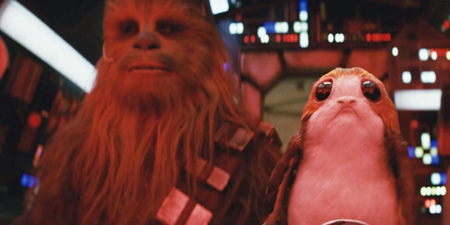 'Star Wars: The Last Jedi' - Chewbacca Punches a Porg in New TV Spot