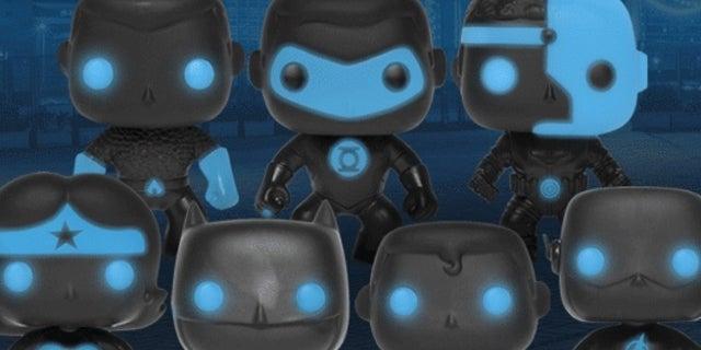 glowing-justice-league-pop-figures