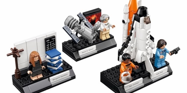 lego-women-of-nasa-top-2