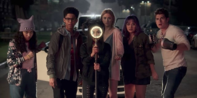 marvels-runaways-review-1