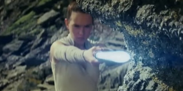 Start Wars The Last Jedis Rey