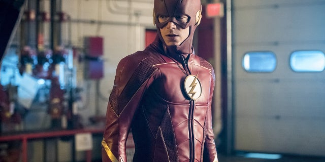 the-flash-season-4-photos-14