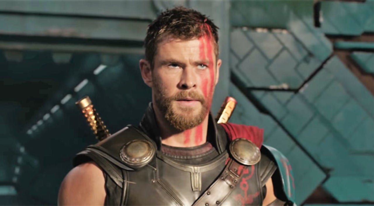 Chris Hemsworth Talks Reasoning Behind Thors Haircut In Thor - Change hairstyle ragnarok