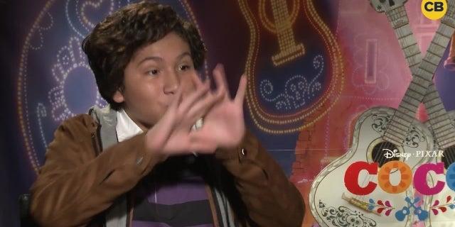 Benjamin Bratt and Anthony Gonzalez Talk Coco screen capture