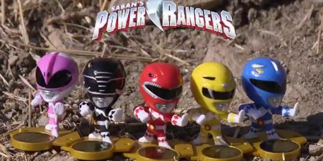 Power-Rangers-Loot-Crate-Mini-Figures