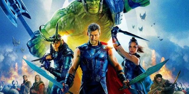 Thor Ragnarok International Poster