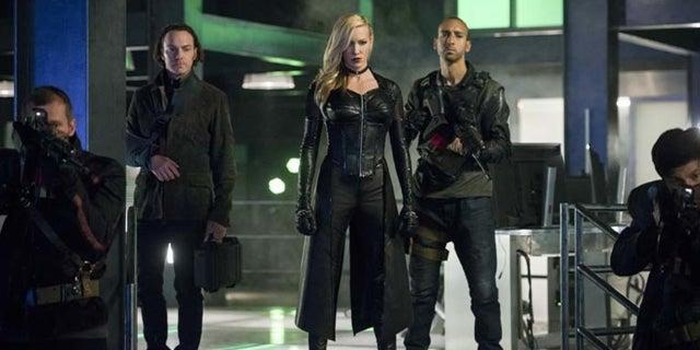arrow villain team