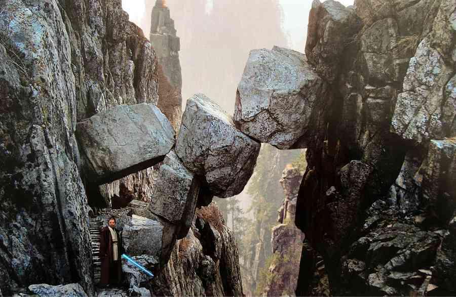 art-of-star-wars-the-last-jedi-luke-skywalker-temple