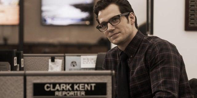 justice-league-henry-cavill-explains-how-clark-kent-superman-returns