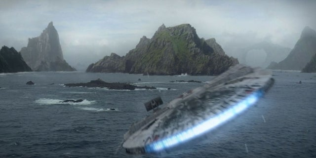 Star Wars Ahch-To Skellig Michael