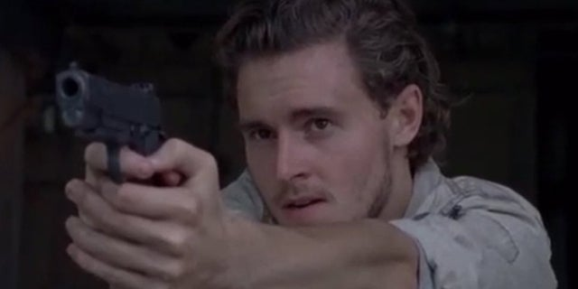 The-Walking-Dead-Callan-McAuliffe