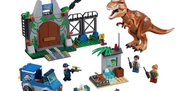 jurassic-world-fallen-kingdom-lego-top
