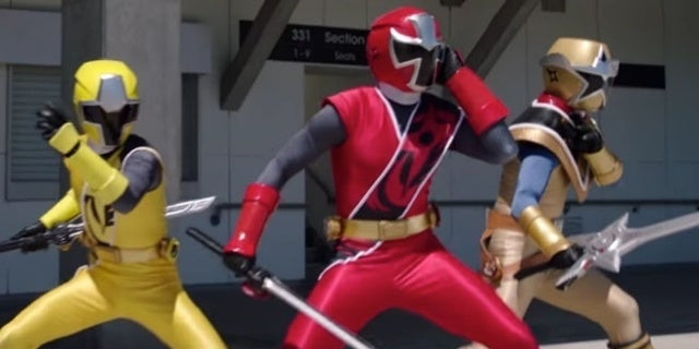 Power-Rangers-Super-Ninja-Steel-Moment-Of-Truth