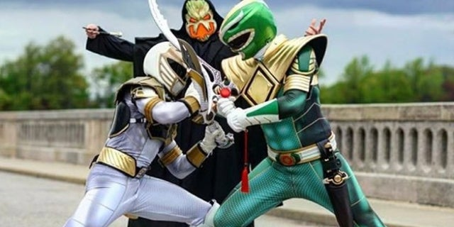 Power-Rangers-White-Vs-Green-Cosplay-Patrick-Skye-Kim-Photos-Header