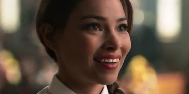 the flash mystery girl jessica parker kennedy